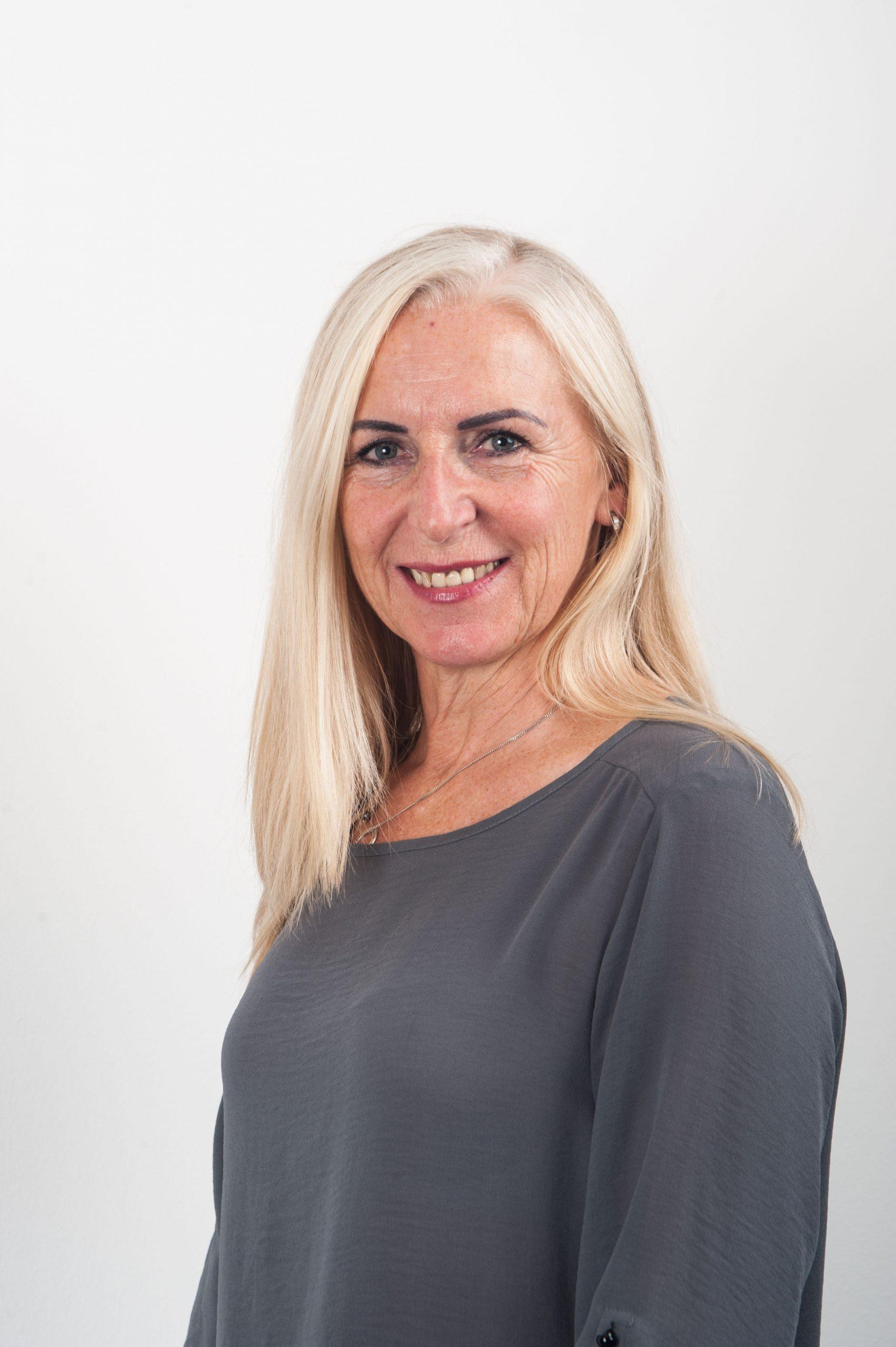 Margit Schölmbauer - Finanzbuchhaltung und Kundenbetreuung FIBU